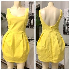Zara Backless dress with pockets yellow medium